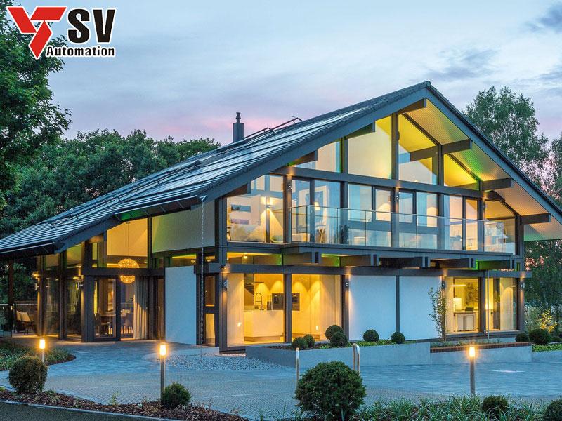 Mẫu nhà thép tiền chế hình mái tam giác 2 tầng giúp nới rộng không gian sống của cả gia đình bạn