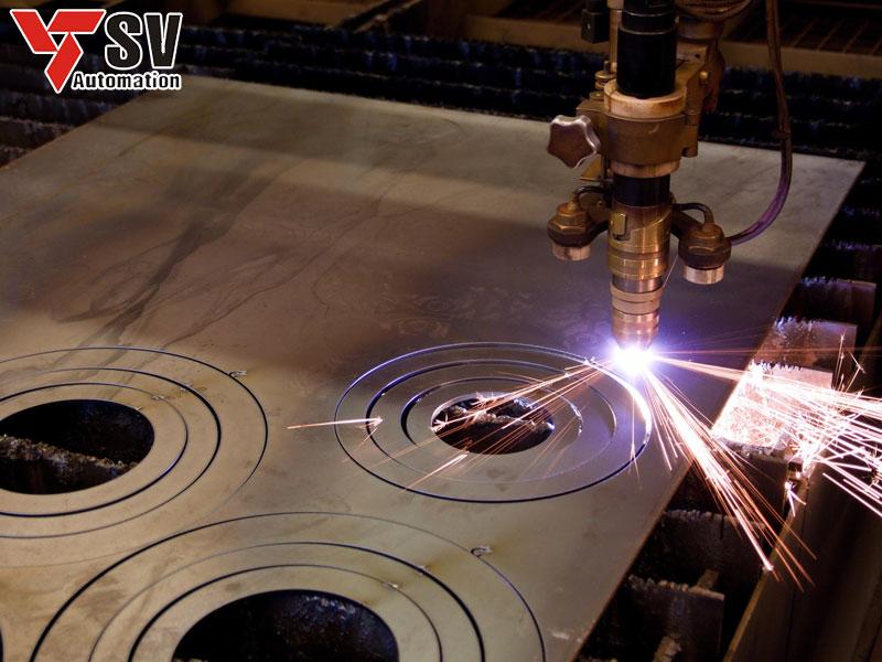 Với đặc tính nhẹ, bền, Nhôm được chọn là vật liệu chuyên dùng để gia công cơ khí theo yêu cầu
