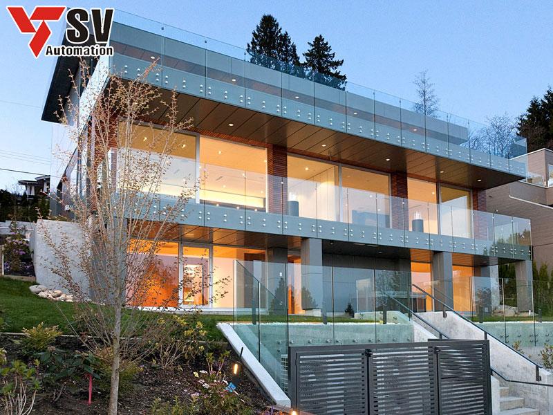 Mẫu nhà thép tiền chế 2 tầng được làm từ thép cao cấp kết hợp cùng kính