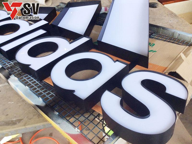 Lasercut là cơ sở chuyên gia công chữ nổi với nhiều độ dày khác nhau