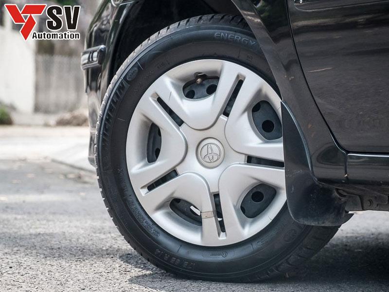 Mã số trên lốp xe được khắc nhờ công nghệ Laser