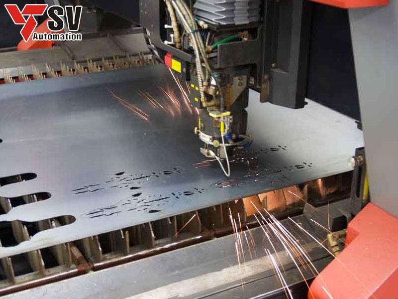 Sơn Vũ chính là cơ sở gia công vách ngăn hồ bơi kim loại bằng phương pháp Laser nhanh – rẻ - đẹp – đủ mọi độ dày