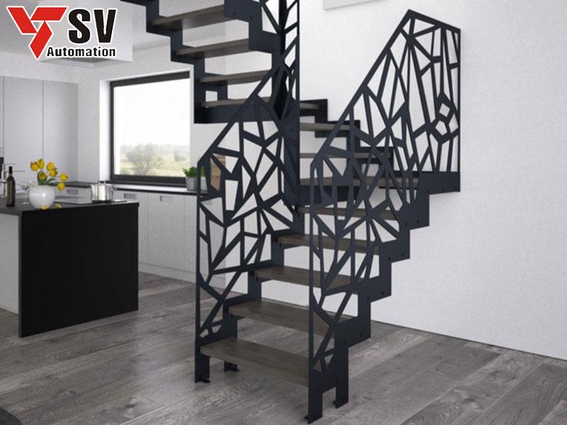 Vách ngăn cầu thang được cắt Laser kim loại tạo sự sang trọng cho ngôi nhà