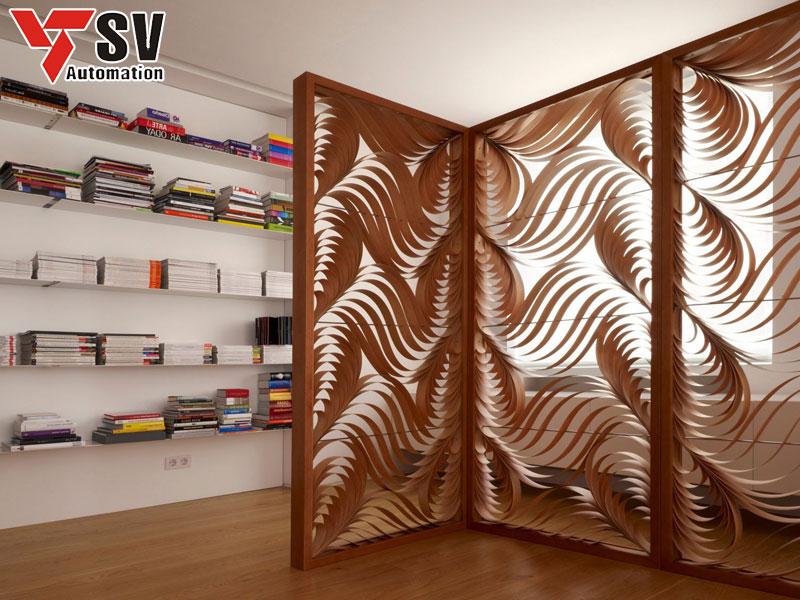 Mẫu vách ngăn 3D kim loại được chạm lộng tạo hình khá công phu, vừa hứng sáng hứng gió rất tốt mà còn gợi lên nhiều ý tưởng nghệ thuật cho phòng đọc sách của bạn
