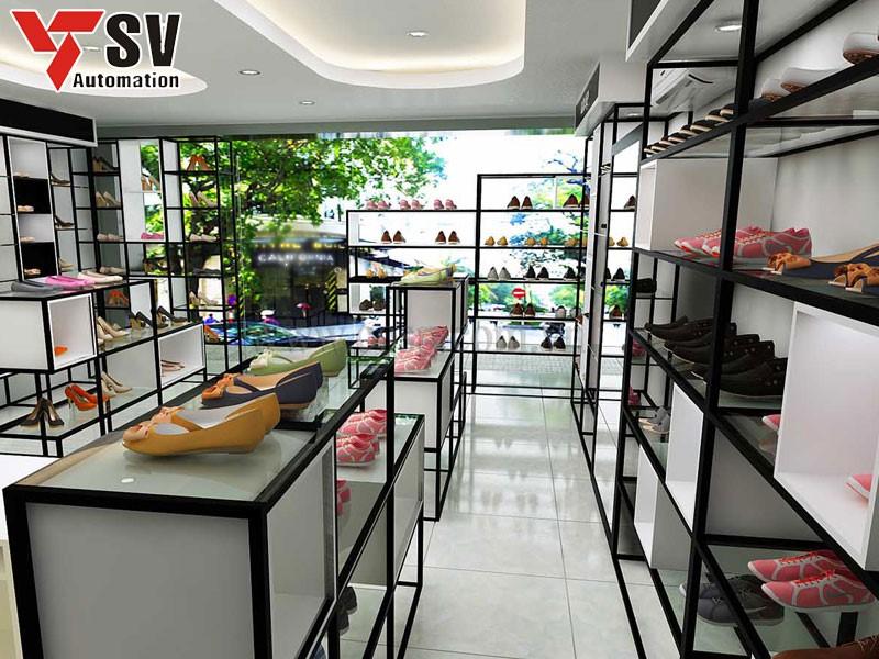 Cửa hàng đơn giản nhưng ấn tượng và trưng bày hàng hóa rất khoa học