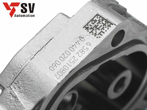 Mẫu mã vạch trên chất liệu thép được dùng trong lĩnh vực chế tạo chi tiết máy