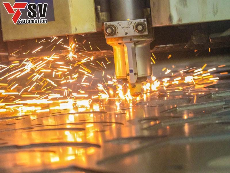 Gia công lan can bằng phương pháp Laser