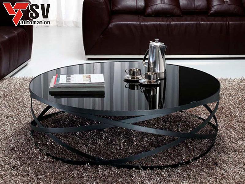 Mẫu bàn kim loại màu đen tinh tế, sang trọng